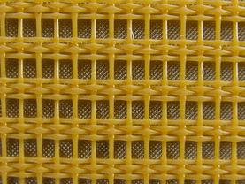 Open woven synthetic mesh